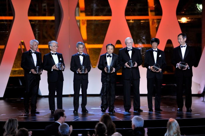 MOUNTAIN VIEW, CA - NOVEMBER 08: 2016 Breakthrough winners onstage during the 2016 Breakthrough Prize Ceremony on November 8, 2015 in Mountain View, California. (Photo by Steve Jennings/Getty Images for Breakthrough Prize)